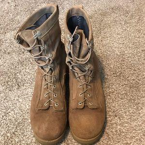 Desert tan Wellco military combat boots